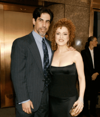 Bernadette Peters and husband Michael Wittenberg arrive at the 2003 Tony Awards at Radio City Music Hall in New York City.  | Source: Getty Images
