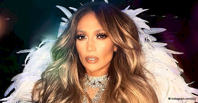 Jennifer Lopez falls during a concert but handles it like a professional