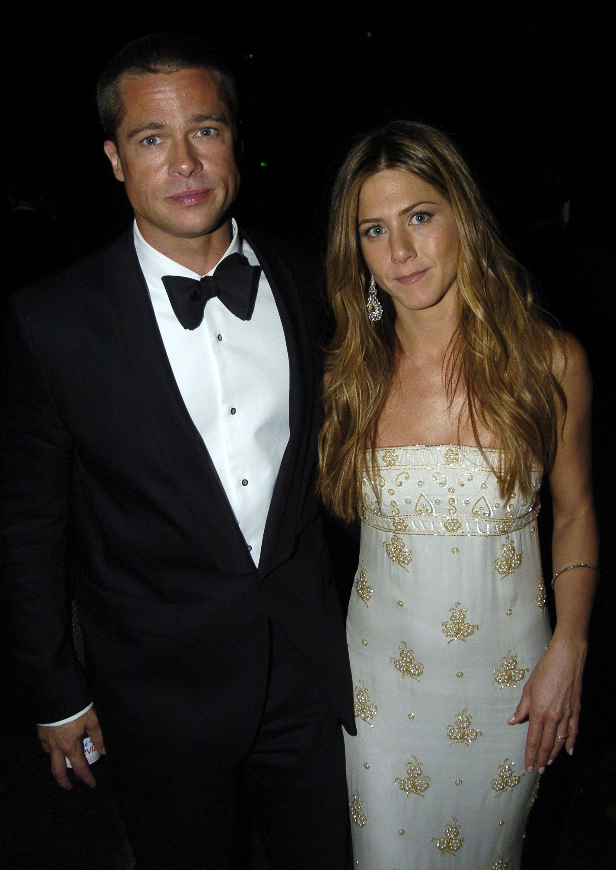 Brad Pitt and Jennifer Aniston attend the Primetime Emmy Awards in Los Angeles, California on September 19, 2004   Photo: Getty Images