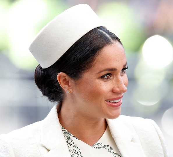 Meghan Markle con gorro blanco. | Foto: Getty