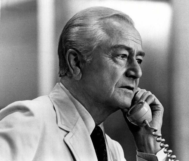 """Photo of Robert Young as Marcus Welby from the television program """"Marcus Welby, M.D."""" circa 1973. 