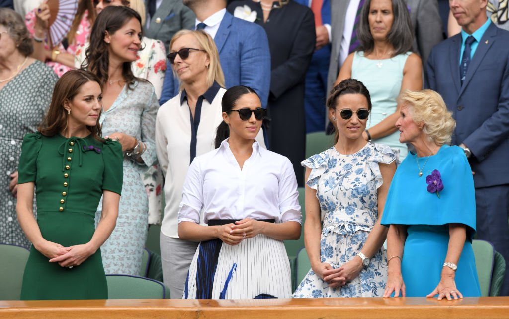 Pippa aux côtés de Kate et Meghan à Wimbledon. l Source : Getty Images
