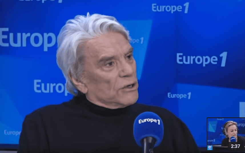 Bernard Tapie, l'invité d'Audrey Crespo-Mara sur Europe 1, le 4 mars 2019. | Photo: Youtube/Europe 1