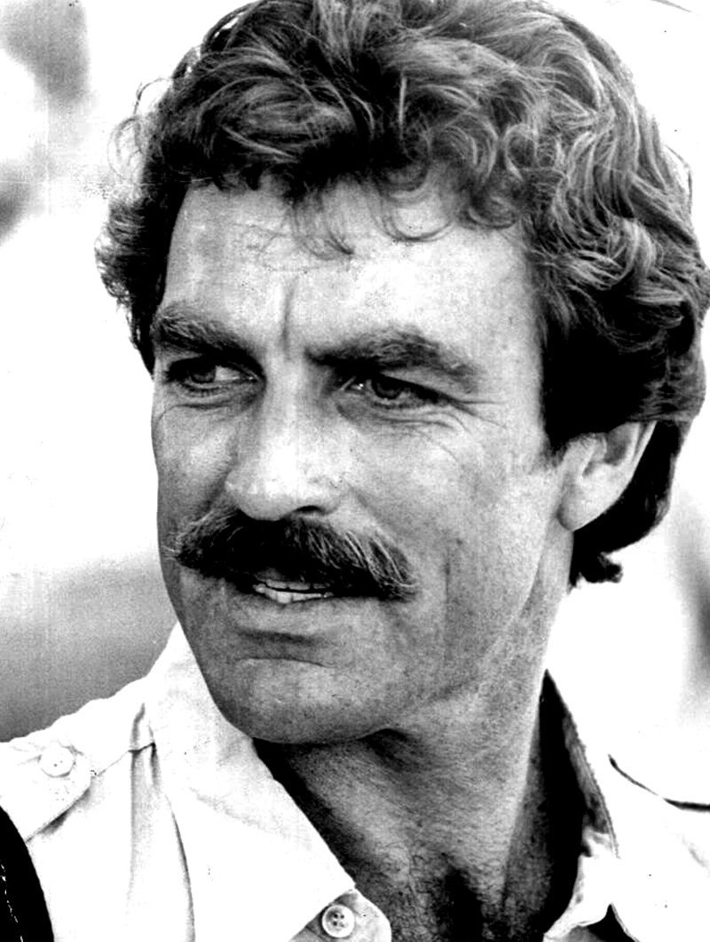 Tom Selleck on a Magnum, P.I. publicity photo, 1980. | Photo: GettyImages