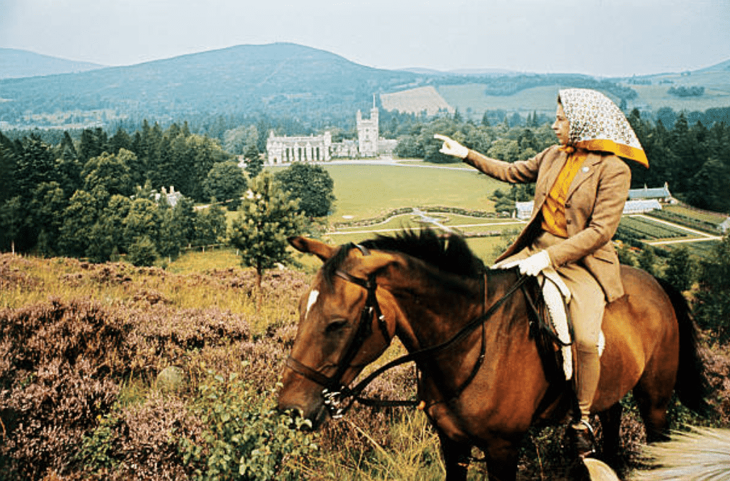 Queen horseback riding during the Royal Family's annual summer vacation in September 1971, Balmoral, Scotland | Source: Getty Images