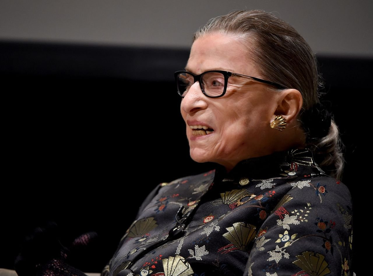 Ruth Bader Ginsburg presents onstage at the Temple Emanu-El Skirball Center on September 21, 2016 in New York City | Photo: Getty Images