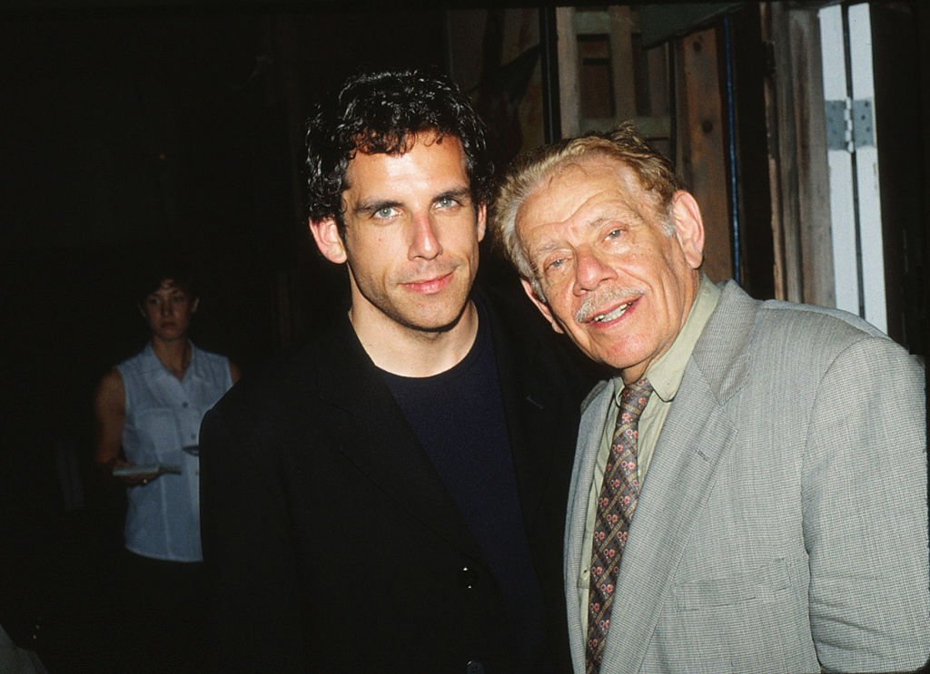 Ben Stiller and his father, Jerry Stiller, attend party hosted by NBC at Sconset Playhouse on June 19, 1998 | Photo: Getty Images