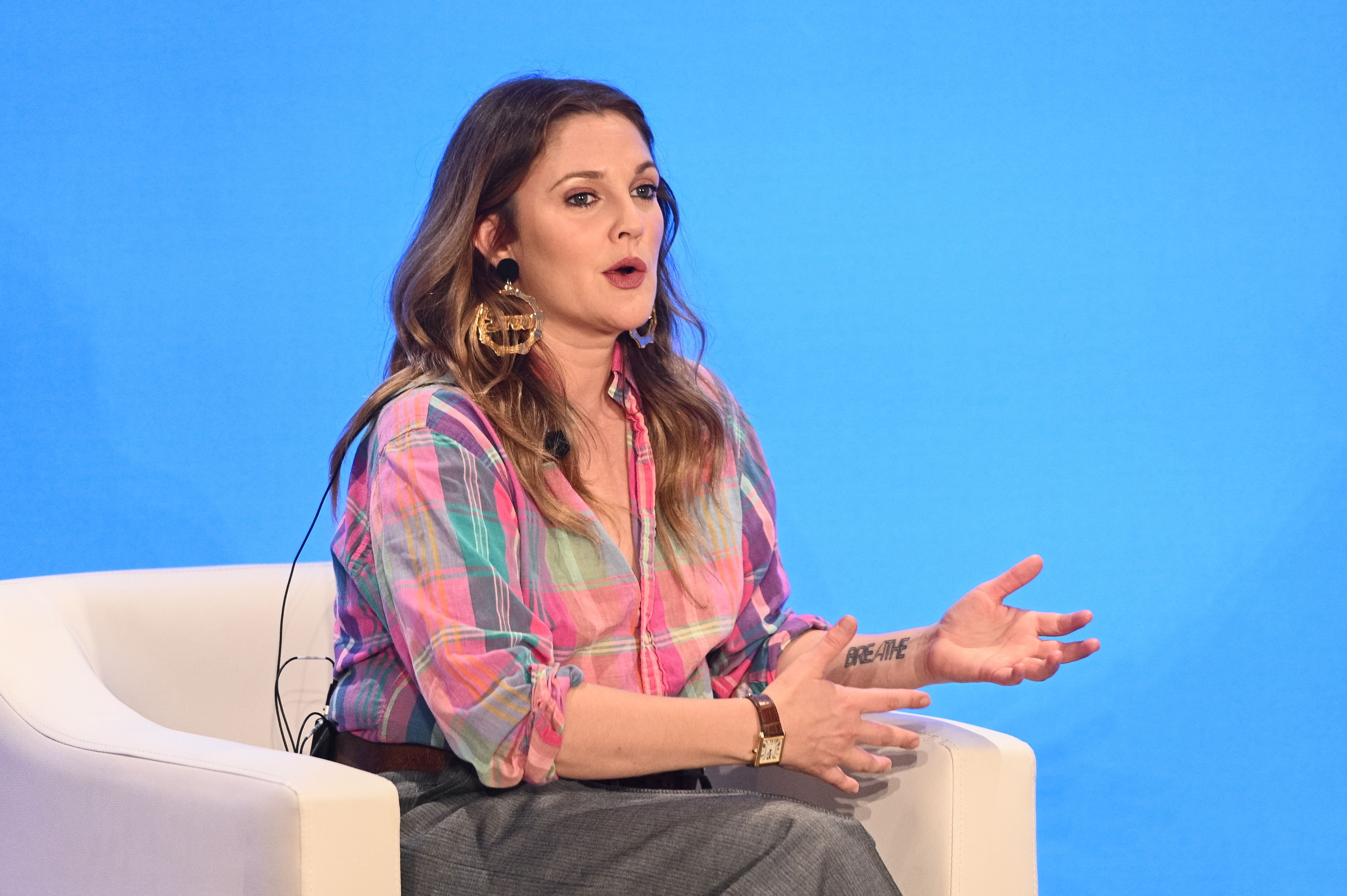 Drew Barrymore speaks onstage at WeWork New York City on May 15, 2019 | Photo: Getty Images