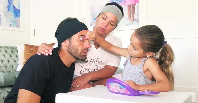 Adamari López y Toni Costa son maquillados para su boda por la pequeña Alaïa
