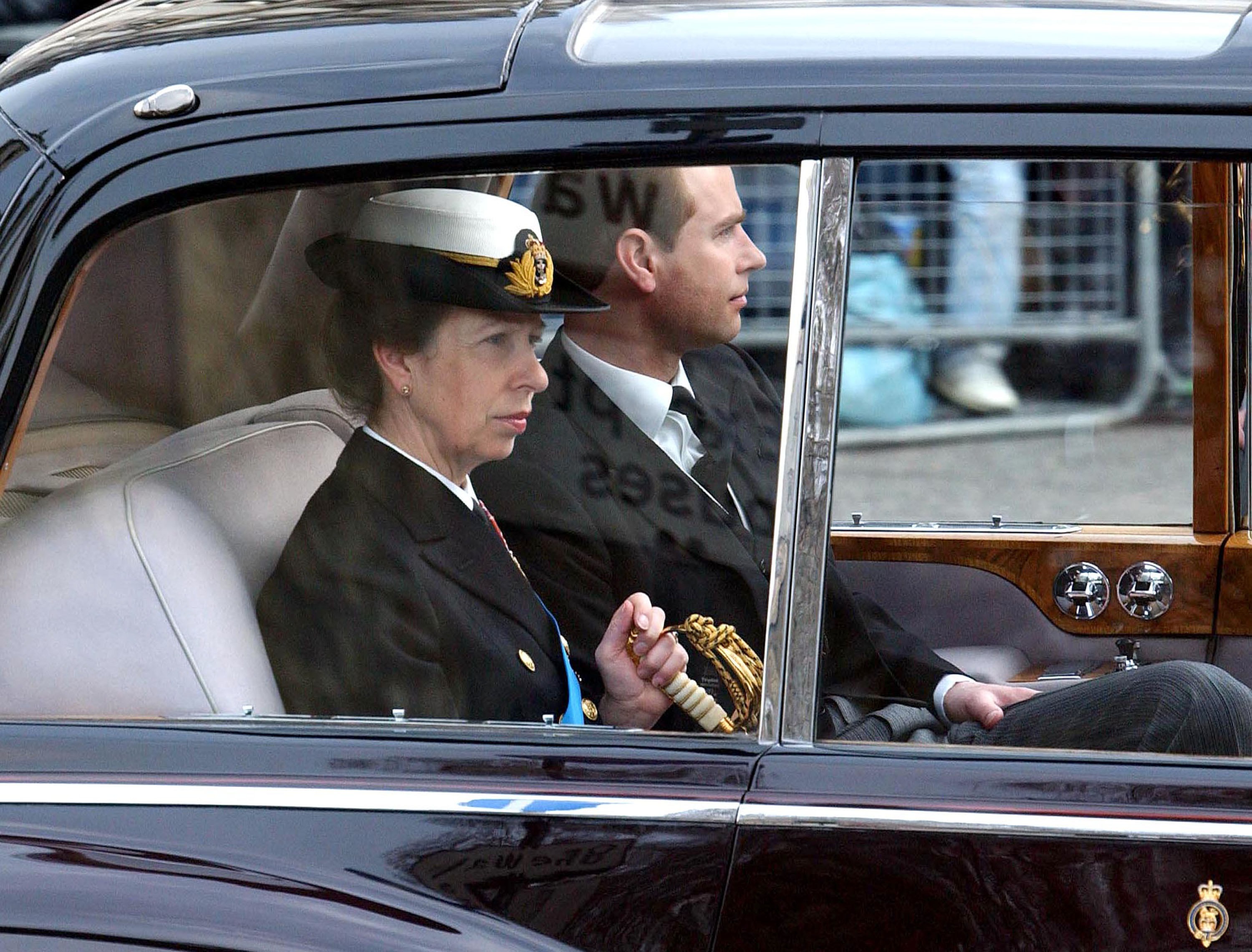 Princess Anne spotted inside the Royal car on the streets of UK. | Photo: Getty Images