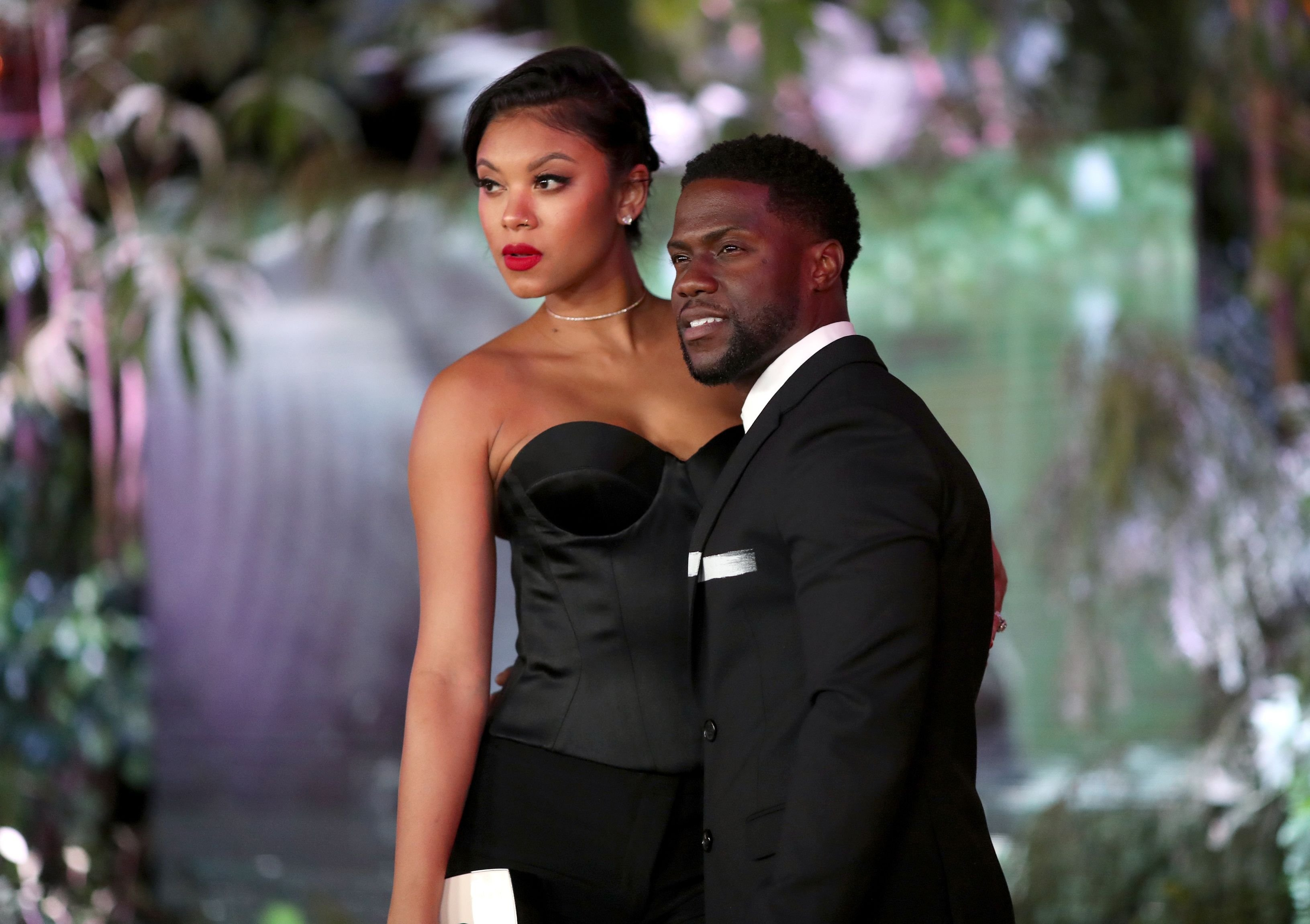 """Eniko and Kevin Hart at the premiere of """"Jumanji: Welcome To The Jungle"""" in 2017 in Hollywood 