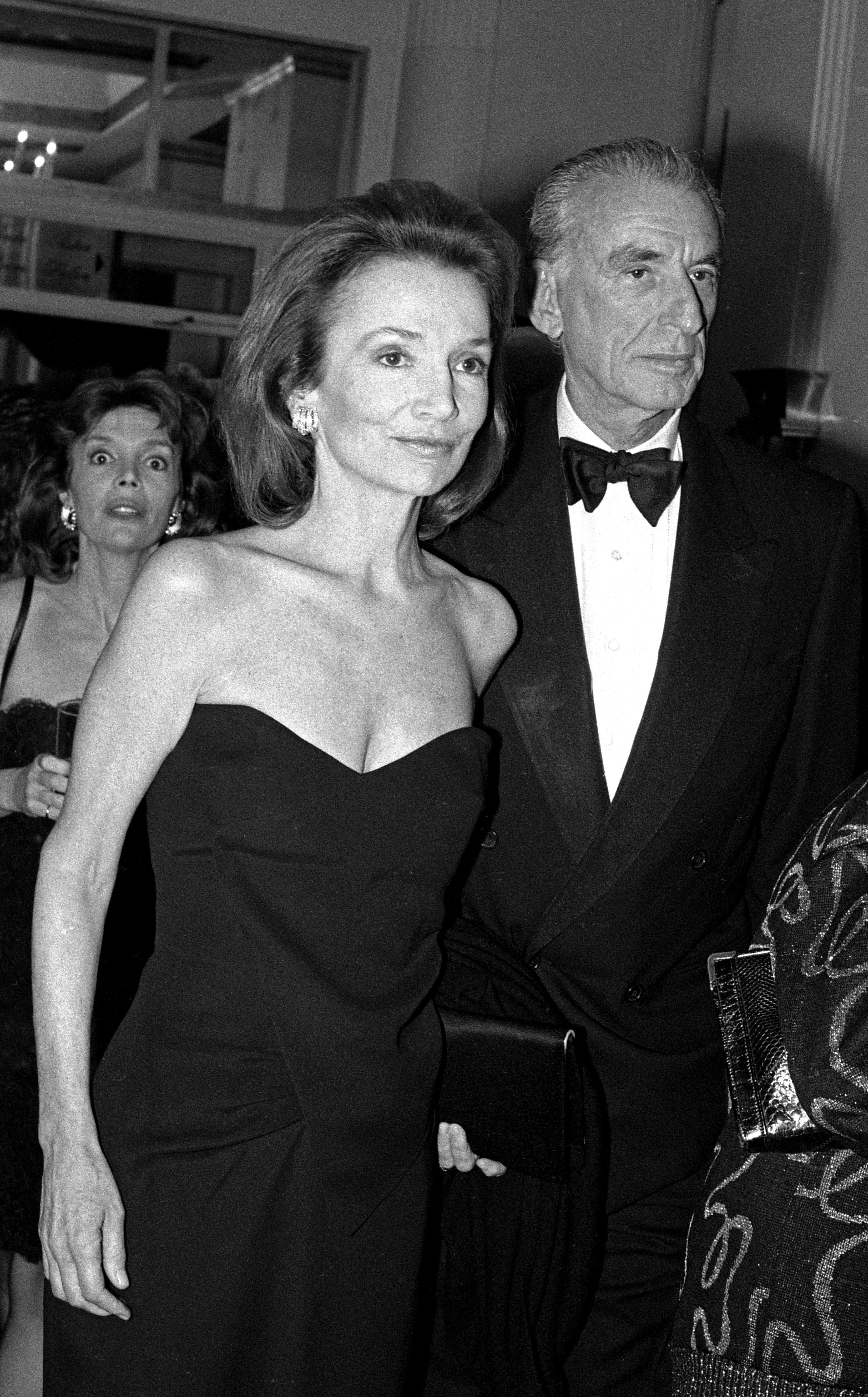 Lee Radziwill and ex-husband Herb Ross at the Waldorf Astoria Hotel | Photo: Getty Images