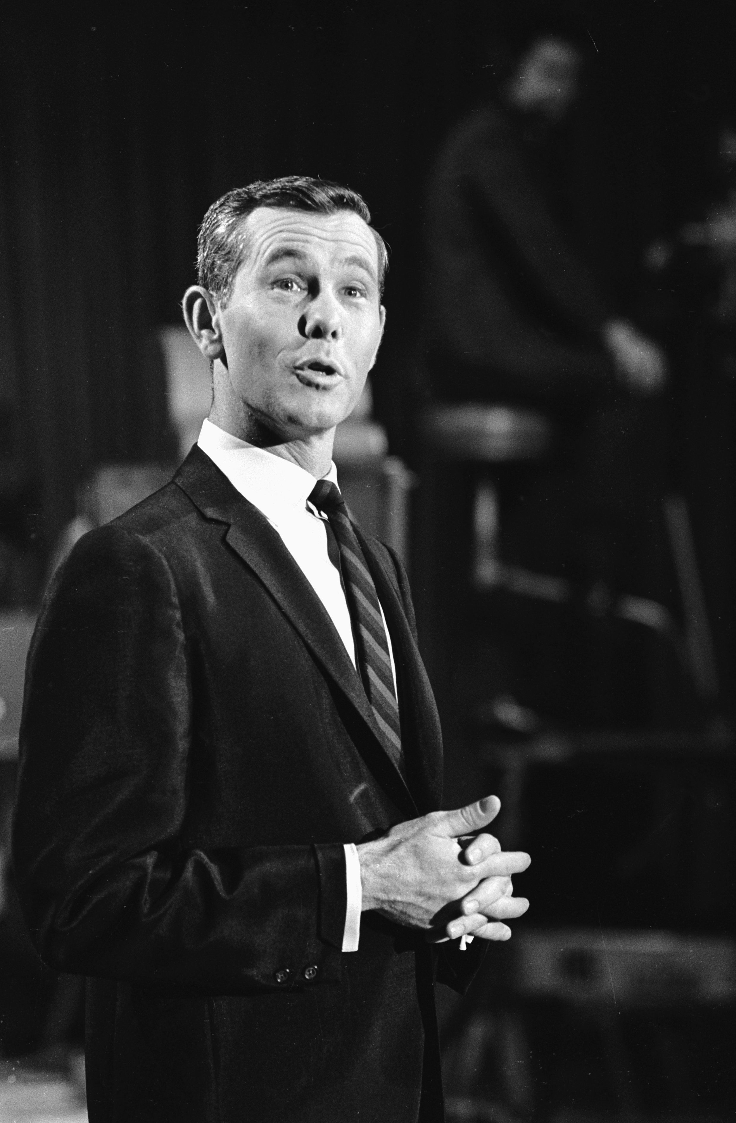 """Johnny Carson during an episode of NBC's """"Tonight' Show"""" in 1964   Photo: Getty Images"""