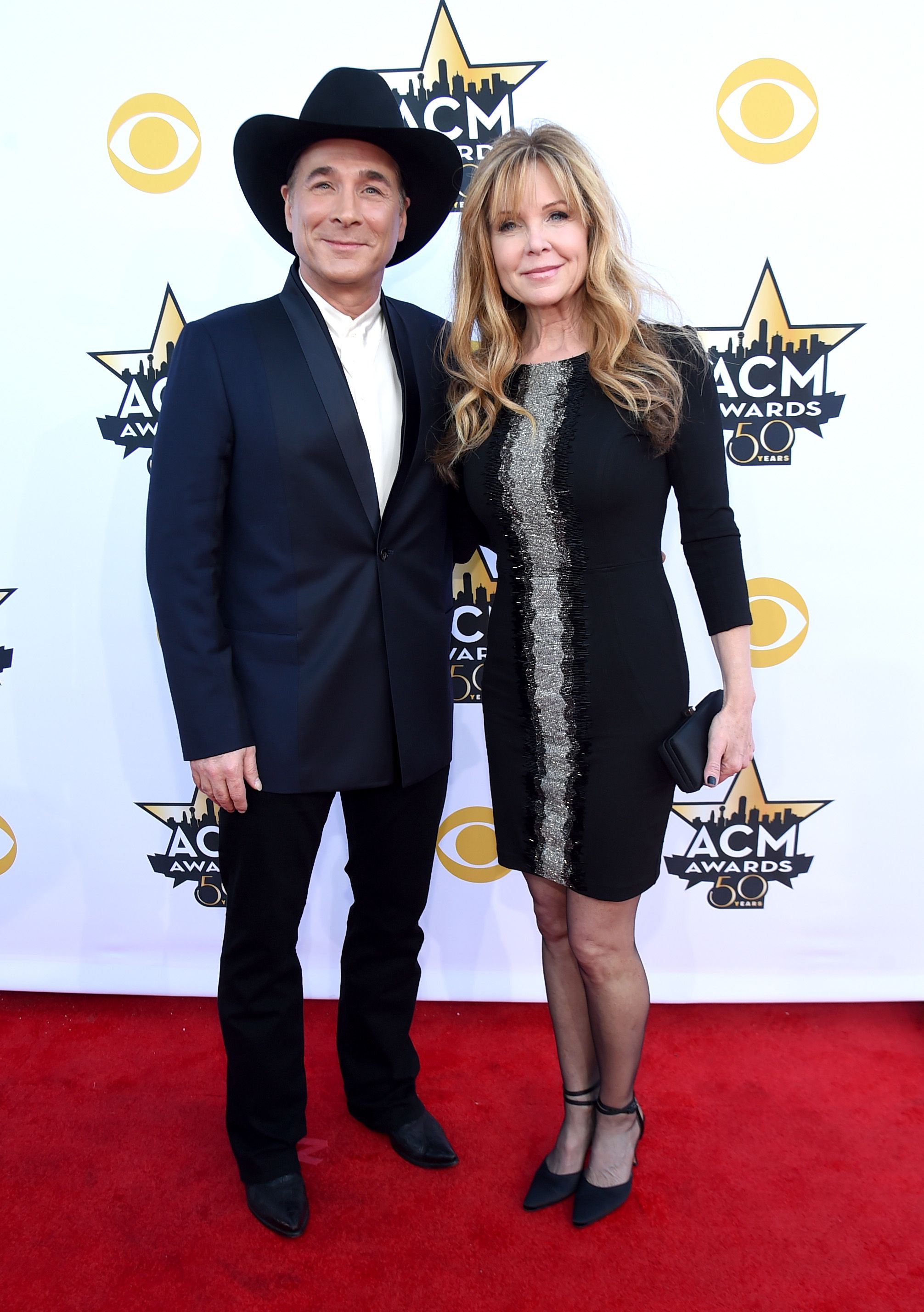 Clint Black and Lisa Hartman Black at the 50th Academy of Country Music Awards on April 19, 2015, in Arlington, Texas   Photo: Rick Diamond/ACM2015/Getty Images