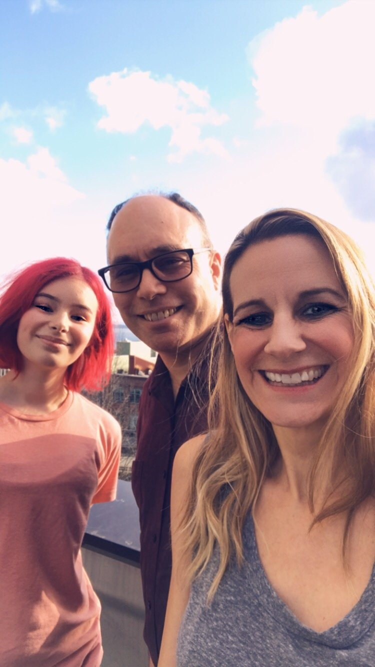 Alice, Aaron, and Jessica in 2019 posing for a selfie | Photo: Courtesy of Jessica Share