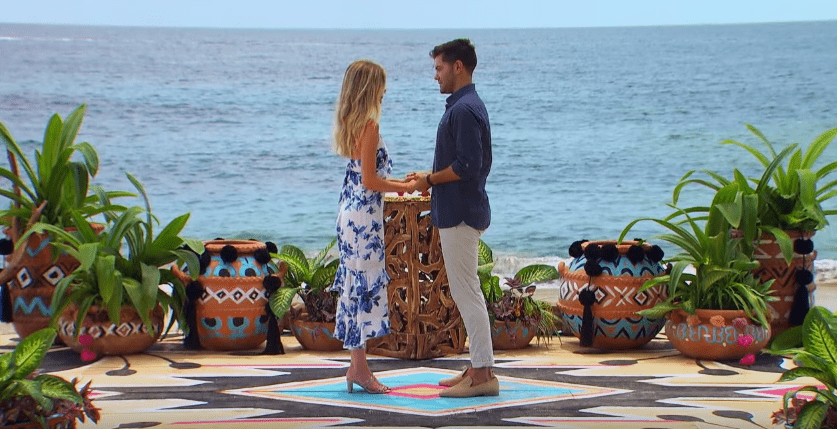 Dylan Barbour and Hannah Godwin in an episode of  Bachelor in Paradise 2019 | Photo: Youtube / Bachelor Nation on ABC