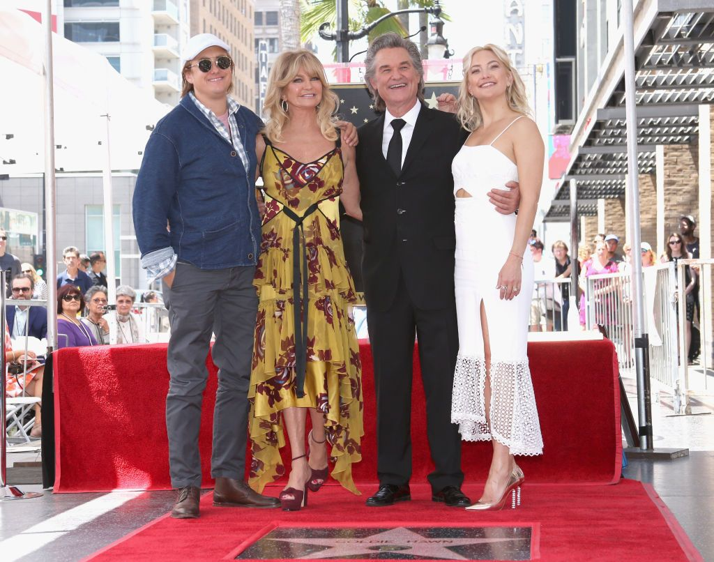 Boston Russell, Goldie Hawn, Kurt Russell, and actor Kate Hudson attending Hawn and Kurt'sStar On the Hollywood Walk of Fame ceremony on May 4, 2017, in California | Photo: Jesse Grant/Getty Images