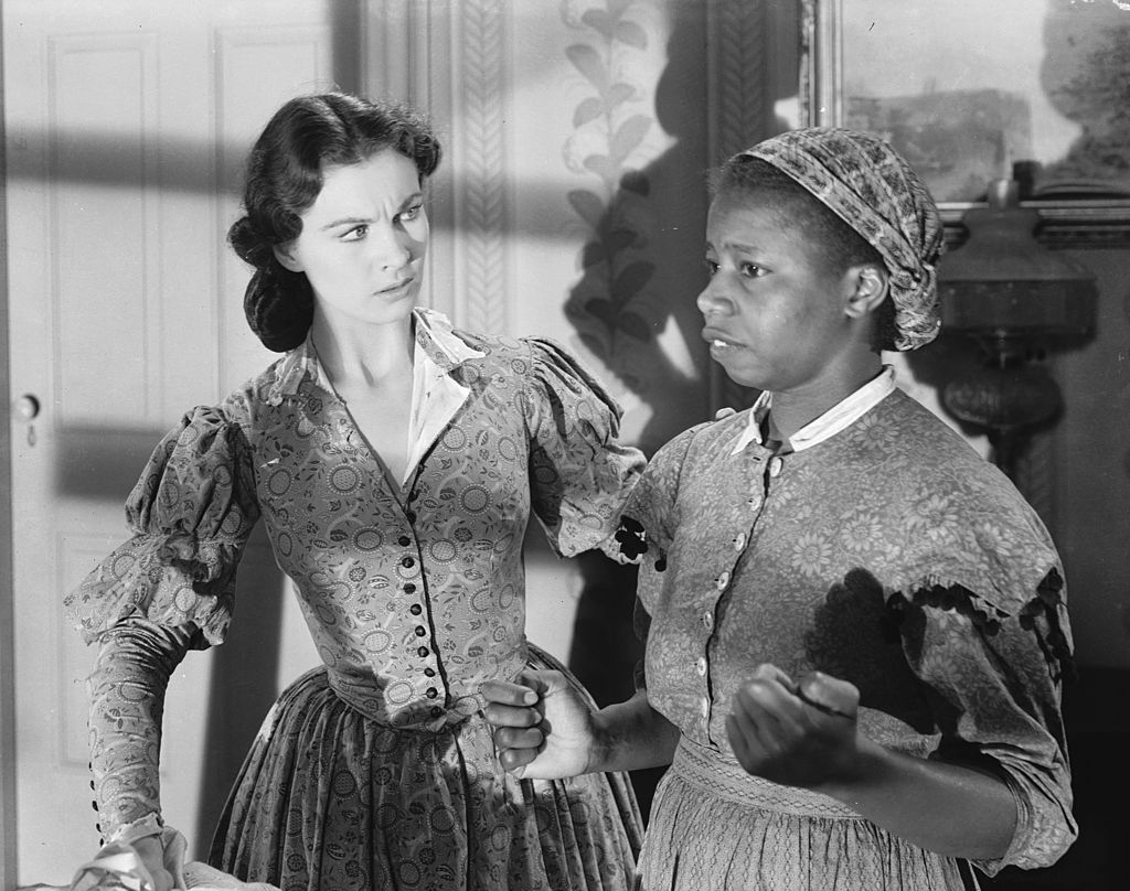 """Vivien Leigh and Butterfly McQueen on """"Gone With the Wind"""" circa 1939   Source: Getty Images"""