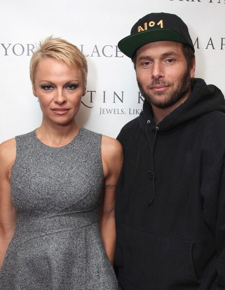 Pamela Anderson and Rick Salomon attend The Martin Katz Jewel Suite Debuts At The New York Palace Hotel | Getty Images