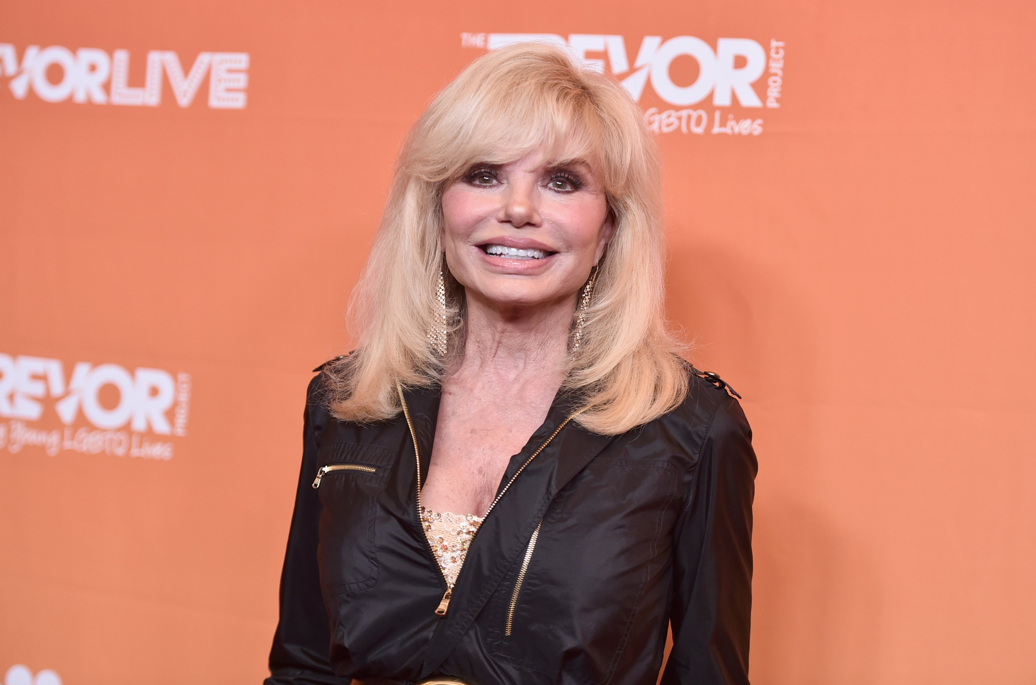 Loni Anderson attends The Trevor Project's 2017 TrevorLIVE LA on December 3, 2017 | Photo: GettyImages