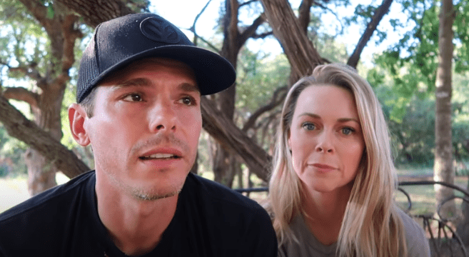 Granger and Amber Smith share details about their son's death on June 19, 2019. | Photo: YouTube/ The Smiths