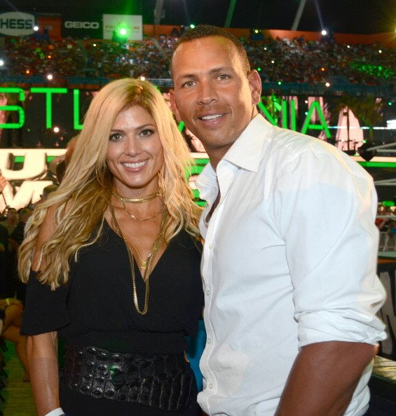 Torrie Wilson and Alex Rodriguez at Sun Life Stadium in Miami Gardens, Florida on April 1, 2012. | Photo: Getty Images