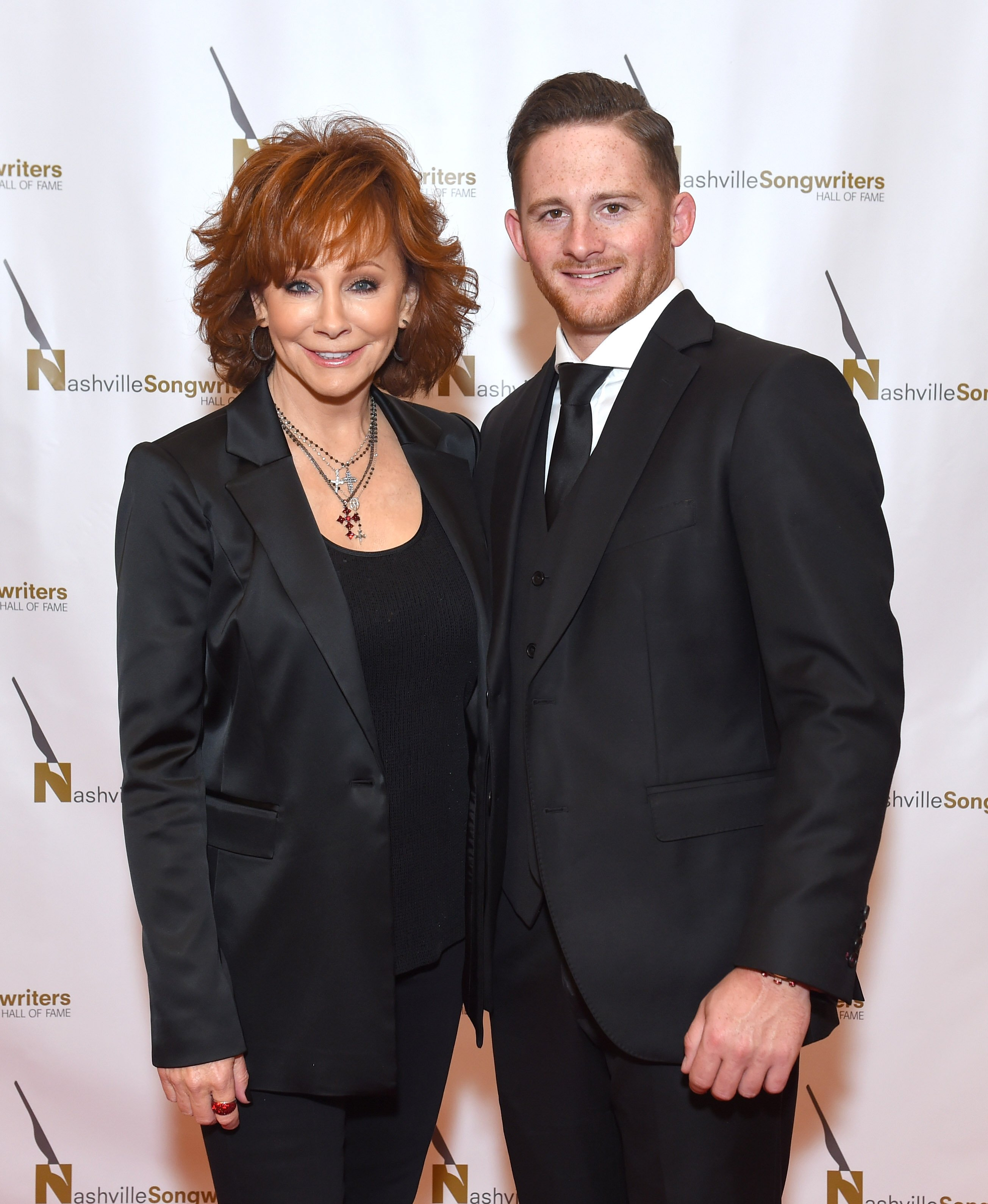 Reba McEntire and her son Shelby Blackstock at the 2018 Nashville Songwriters Hall Of Fame Gala on October 28, 2018. | Source: Getty Images