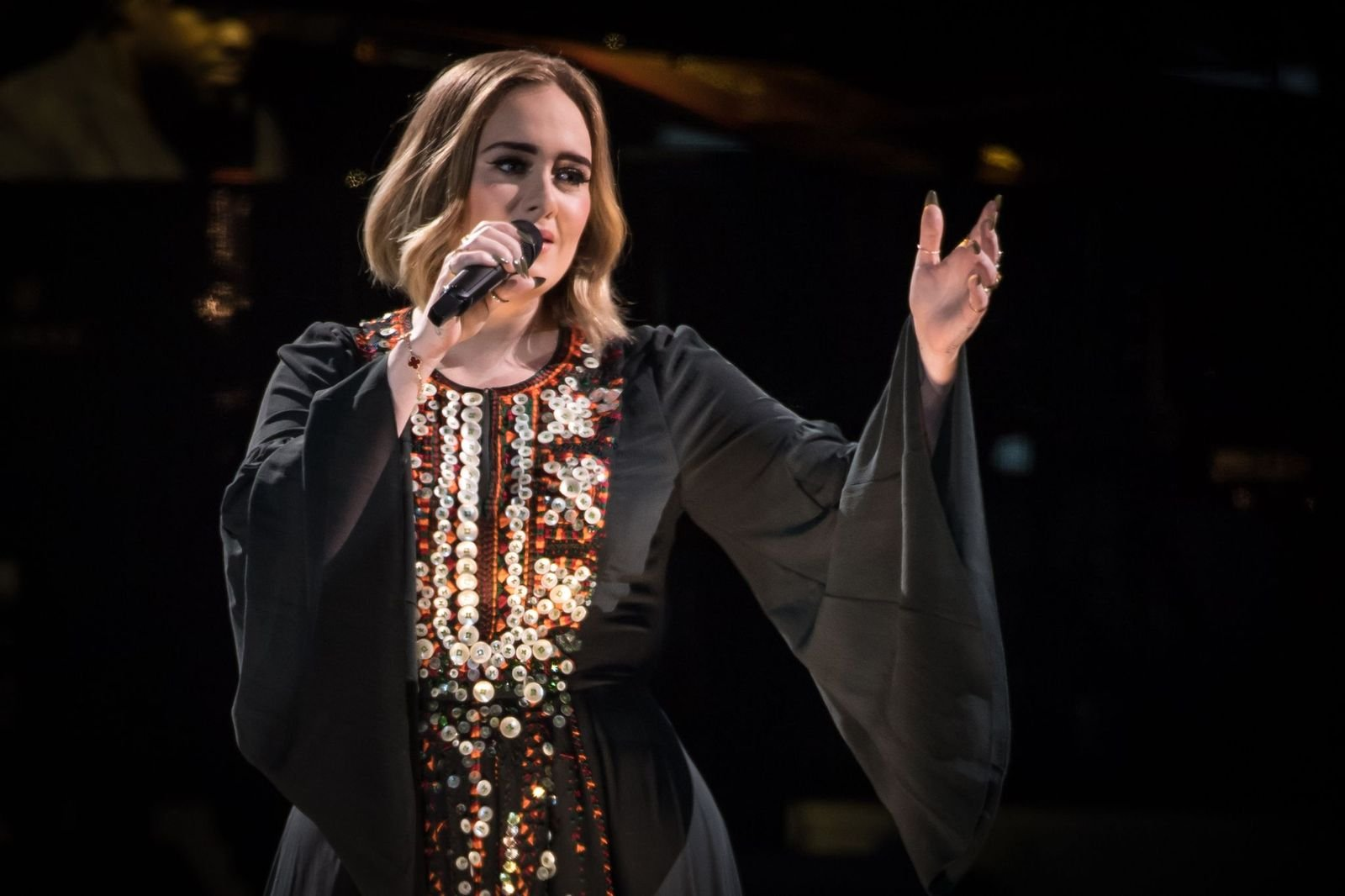 Adele performed on The Pyramid Stage on day 2 of the Glastonbury Festival at Worthy Farm, Pilton on June 25, 2016 in Glastonbury, England | Photo: Getty Images