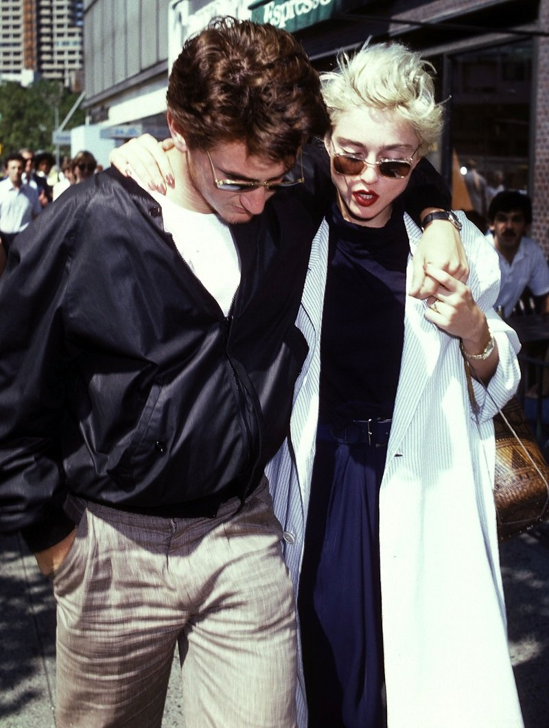Sean Penn and Madonna on August 13, 1986 at the Mitzi Newhouse Theatre, Lincoln Center, New York City | Photo: Getty Images