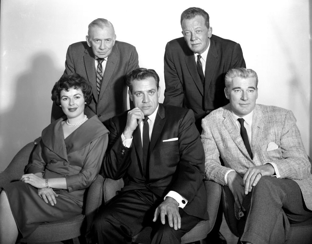 Perry Mason, a CBS television legal drama. Back row, left to right: Ray Collins (as Police Lt. Arthur Tragg) and William Talman (as Hamilton Burger). Seated, left to right, Barbara Hale (as Della Street); Raymond Burr (as Perry Mason); and William Hopper (as Paul Drake). Los Angeles, CA. January 19, 1960. | Photo: Getty Images
