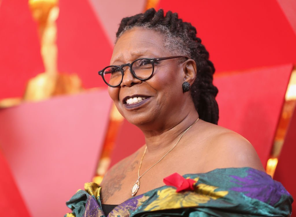 Whoopi Goldberg attends the 90th Annual Academy Awards at Hollywood & Highland Center | Photo: Getty Images
