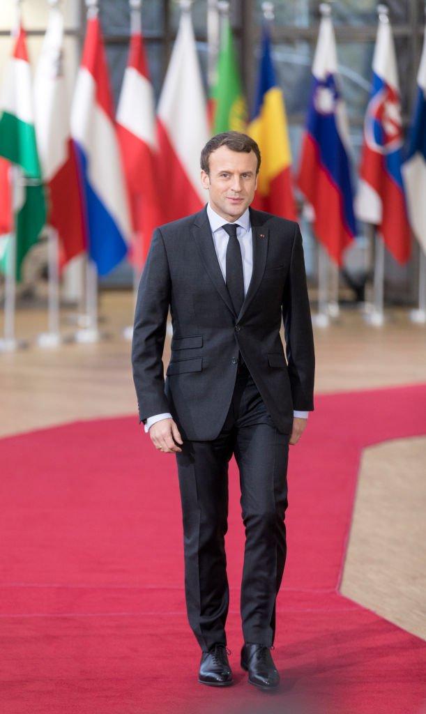 Emmanuel Macron arrive au siège du Conseil de l'UE, le 14 décembre 2017 à Bruxelles. | Photo : Getty Images