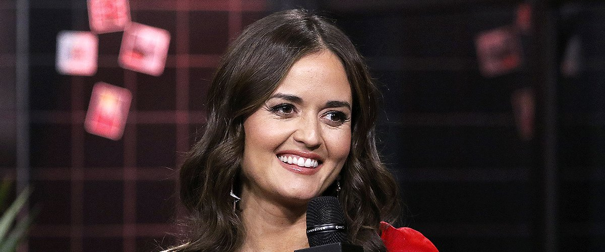 Danica McKellar of 'Wonder Years' Fame Loved Her Husband Scott Sveslosky from Their First Date