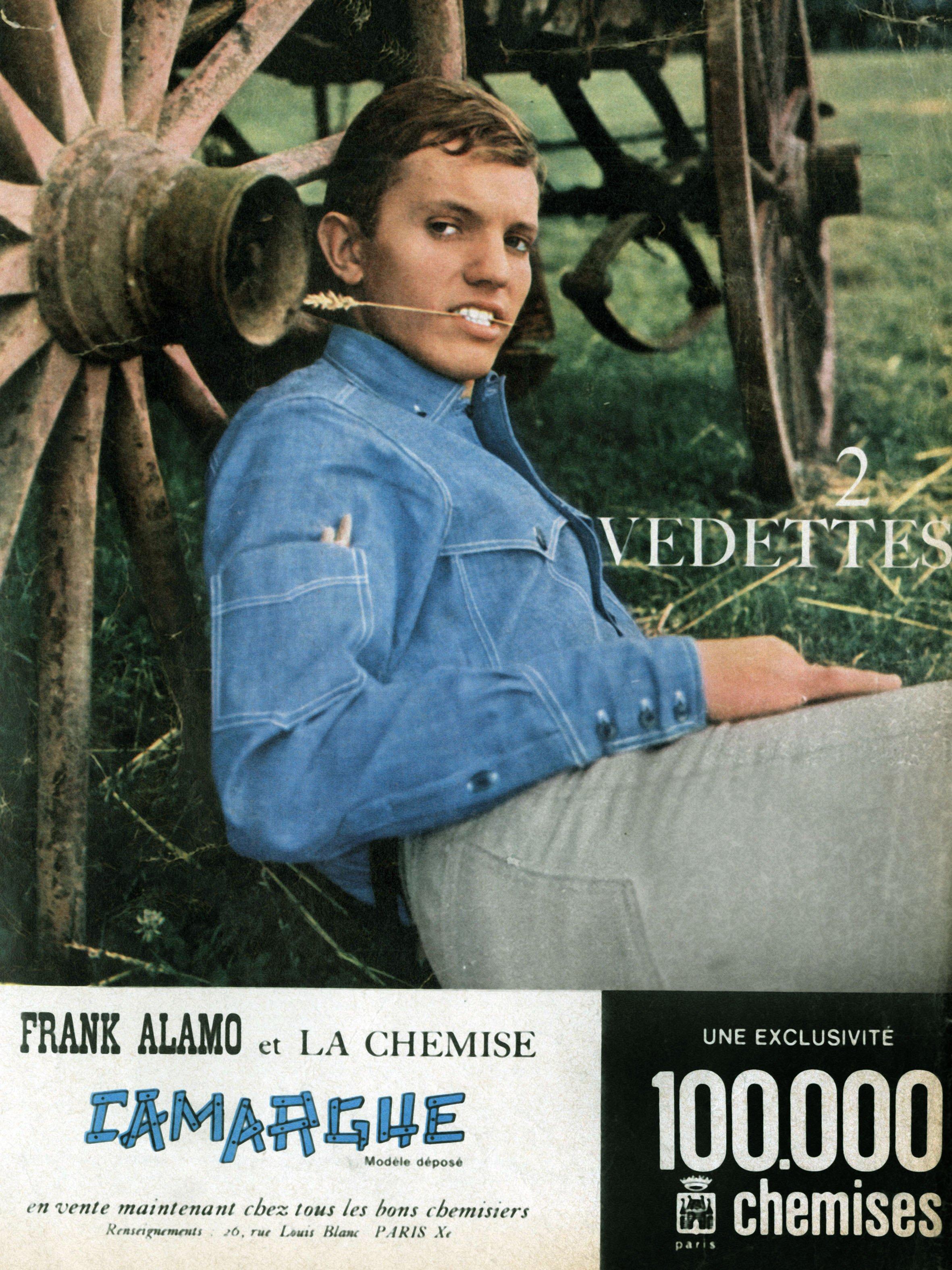 """Le chanteur français Frank Alamo dans une publicité pour des chemises """"Camargue""""   Photo   : Getty Images"""