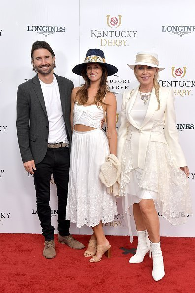 Brandon Jenner, Cayley Stoker and Linda Thompson attend the 145th Kentucky Derby at Churchill Downs on May 04, 2019 in Louisville, Kentucky | Photo: Getty Images