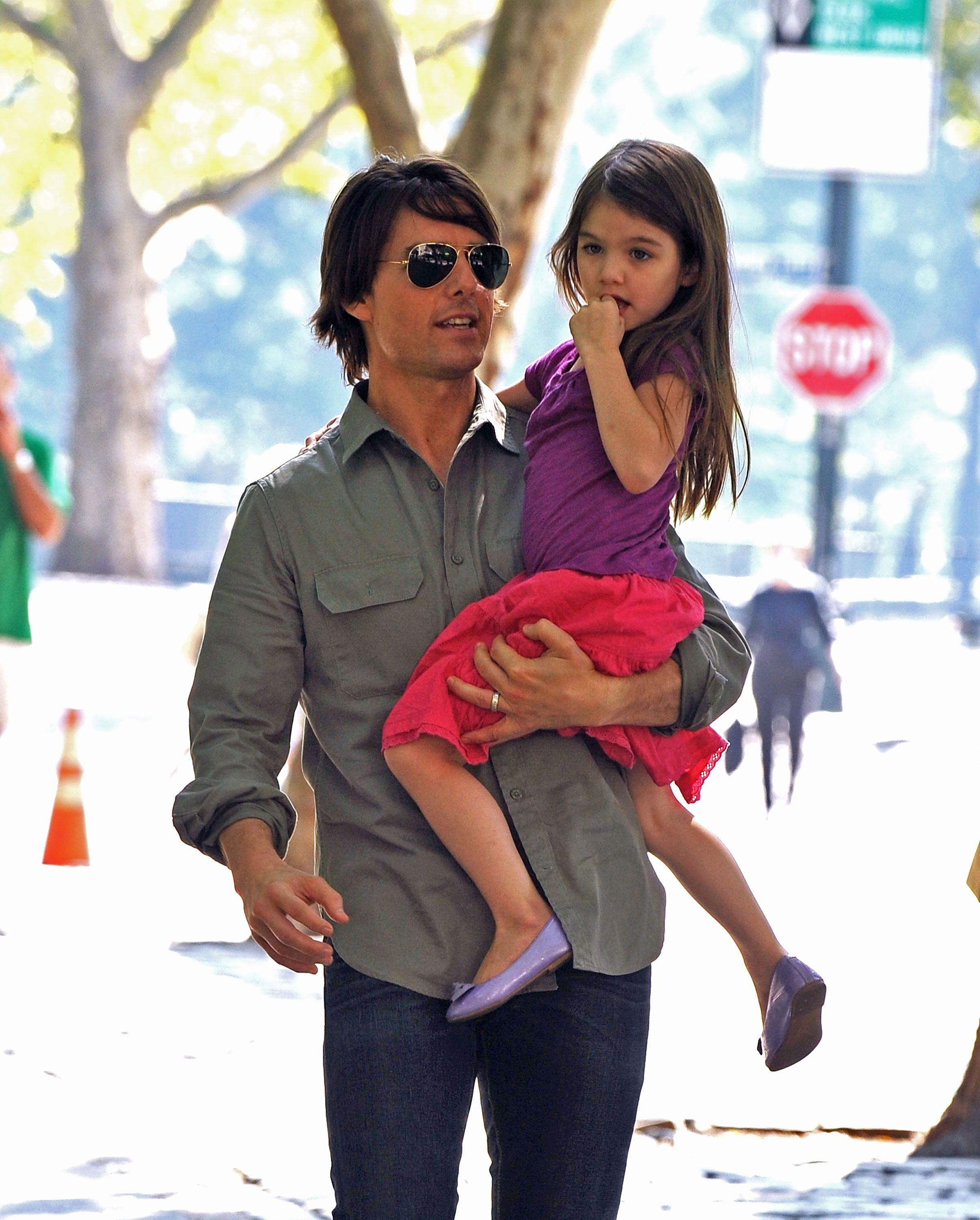 Tom Cruise and his daughter Suri Cruise| Photo: Getty Images