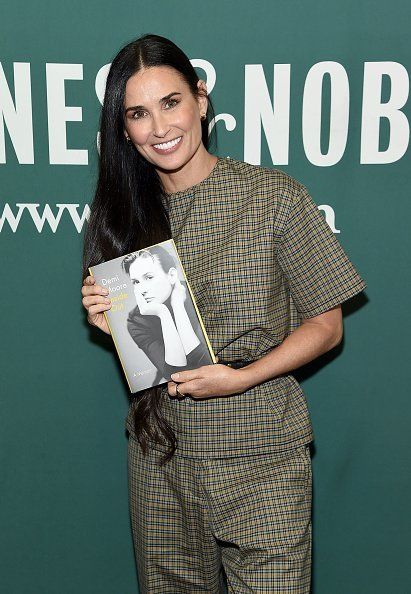 Demi Moore at Barnes & Noble Union Square on September 24, 2019 in New York City | Photo: Getty Images