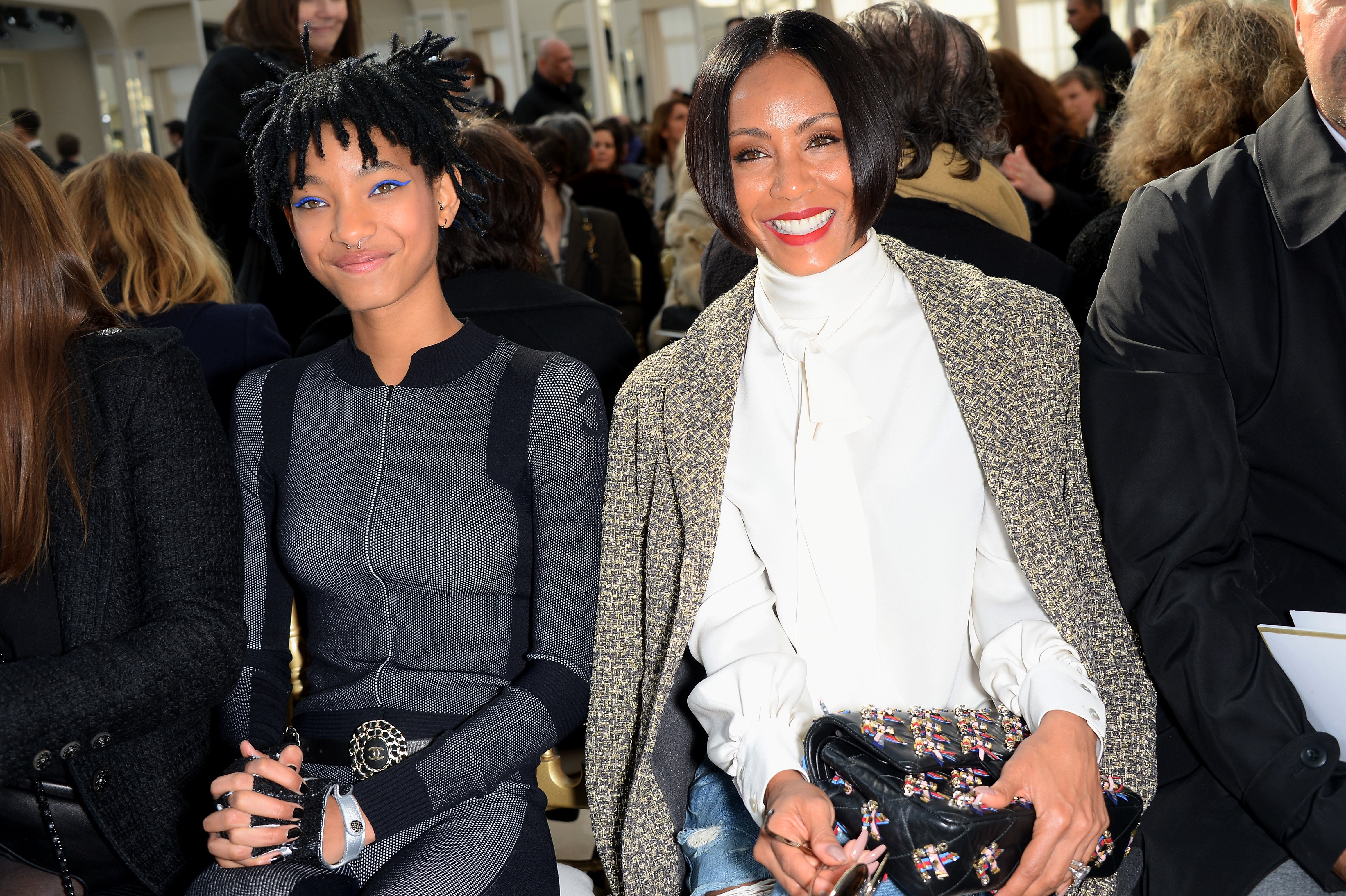 Jada Pinkett Smith and Willow Smith front row at the Chanel show at Paris Fashion Week in 2016   Photo: Getty Images