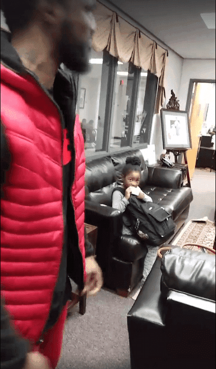 King's 5-year-old girl witnessing the discussion | Source: Facebook/Tristan De'Geon