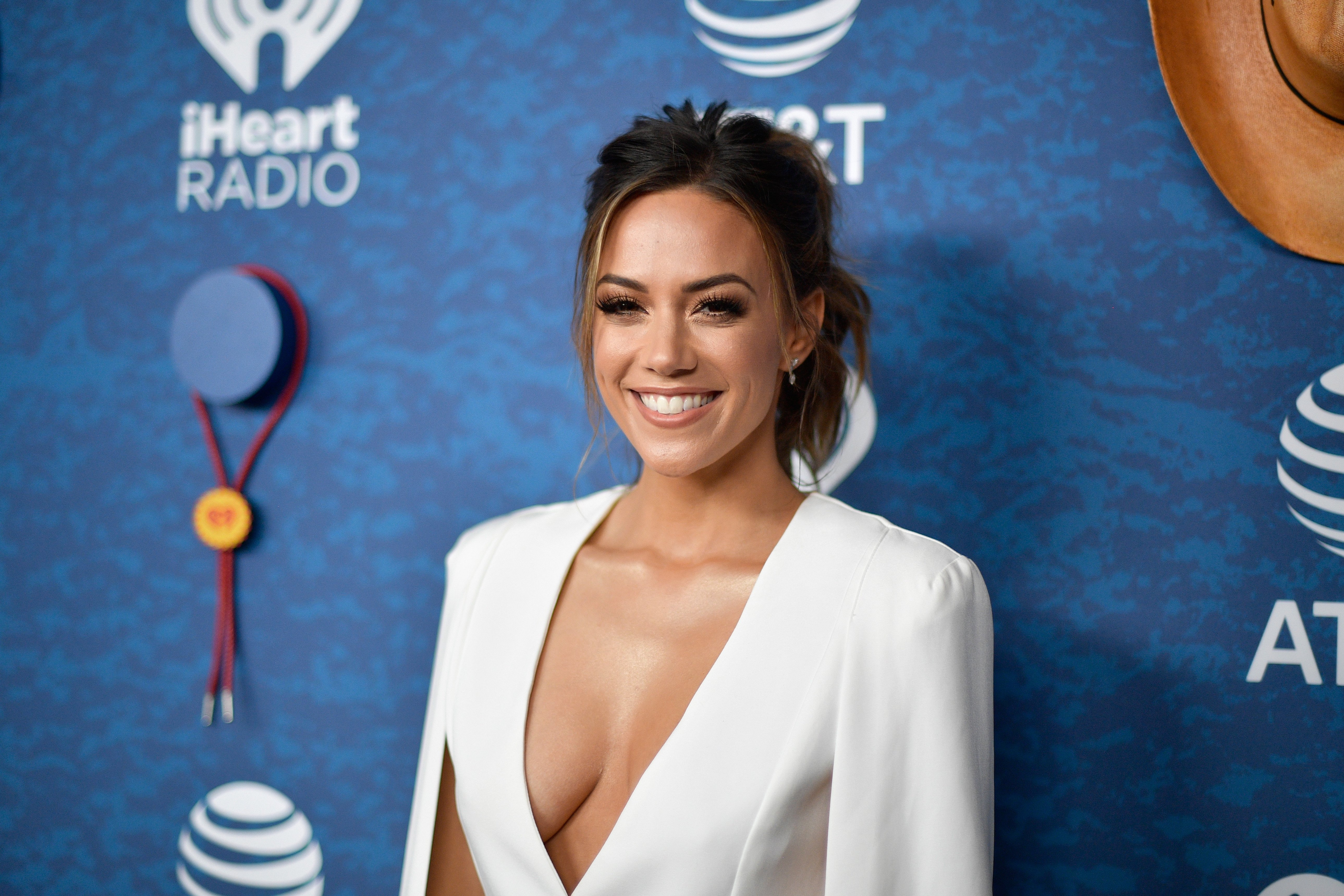 Jana Kramer arrives at the 2018 iHeartCountry Festival by AT&T at The Frank Erwin Center on May 5, 2018 in Austin, Texas   Photo: Getty Images
