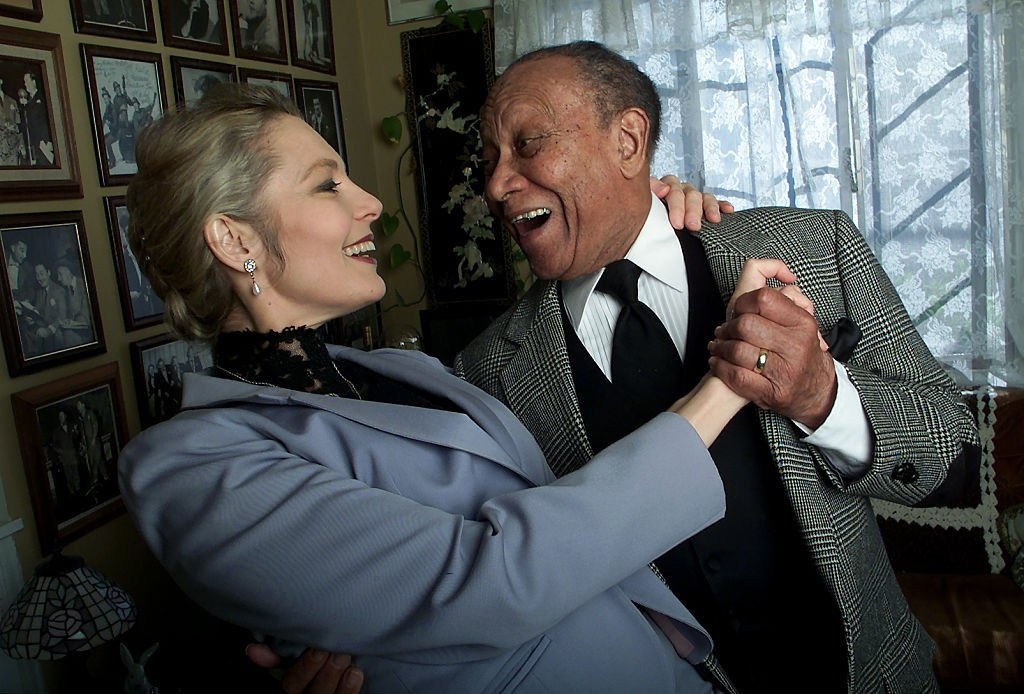 Fayard Nicholas and his wife Catherine Hopkins Nicholas in their Toluca Lake home. | Photo: Getty Images