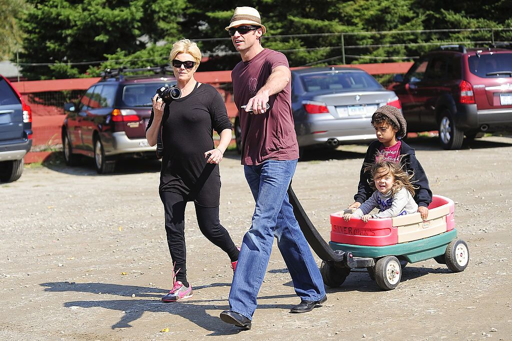 Deborra-Lee Furness, Hugh Jackman and their children Ava Jackman, and Oscar Jackman visit the Silverman Farm. | Source: Getty Images