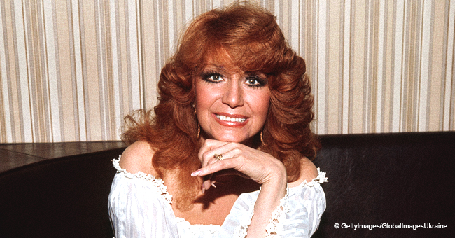 Dottie West and Coca-Cola Story: How 'Country Sunshine' Made the Singer Famous