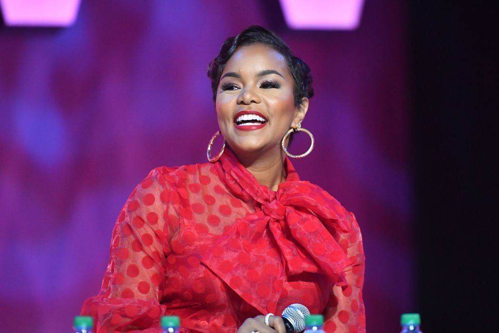 LeToya Luckett on stage at 2019 ESSENCE Festival Presented By Coca-Cola at Ernest N. Morial Convention Center | Photo: Getty Images