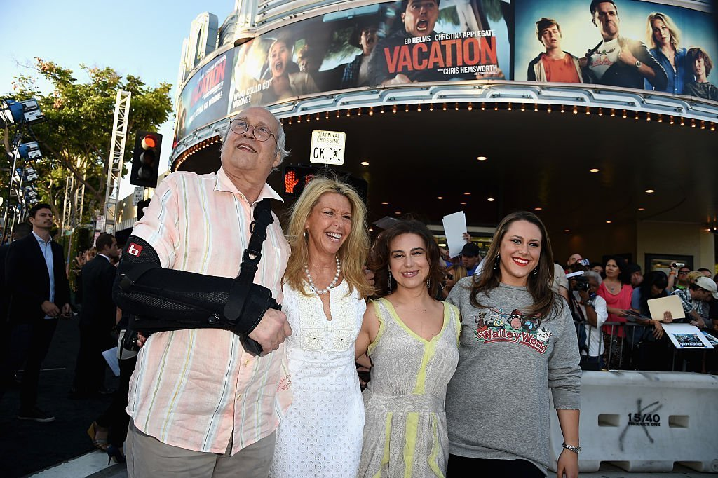 Chevy Chase with his wife Jayne and two of their daughters, Caley Chase and Emily Chase. I Image: Getty Images.