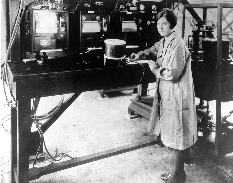 Pearl I. Young, the NACA's first female professional, at work in the instrument research laboratory circa 1929 | Source: Wikimedia Commons