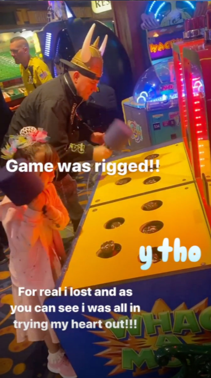 Channing Tatum and his daughter having fun in Las Vegas | Photo: Instagram/@channingtatum