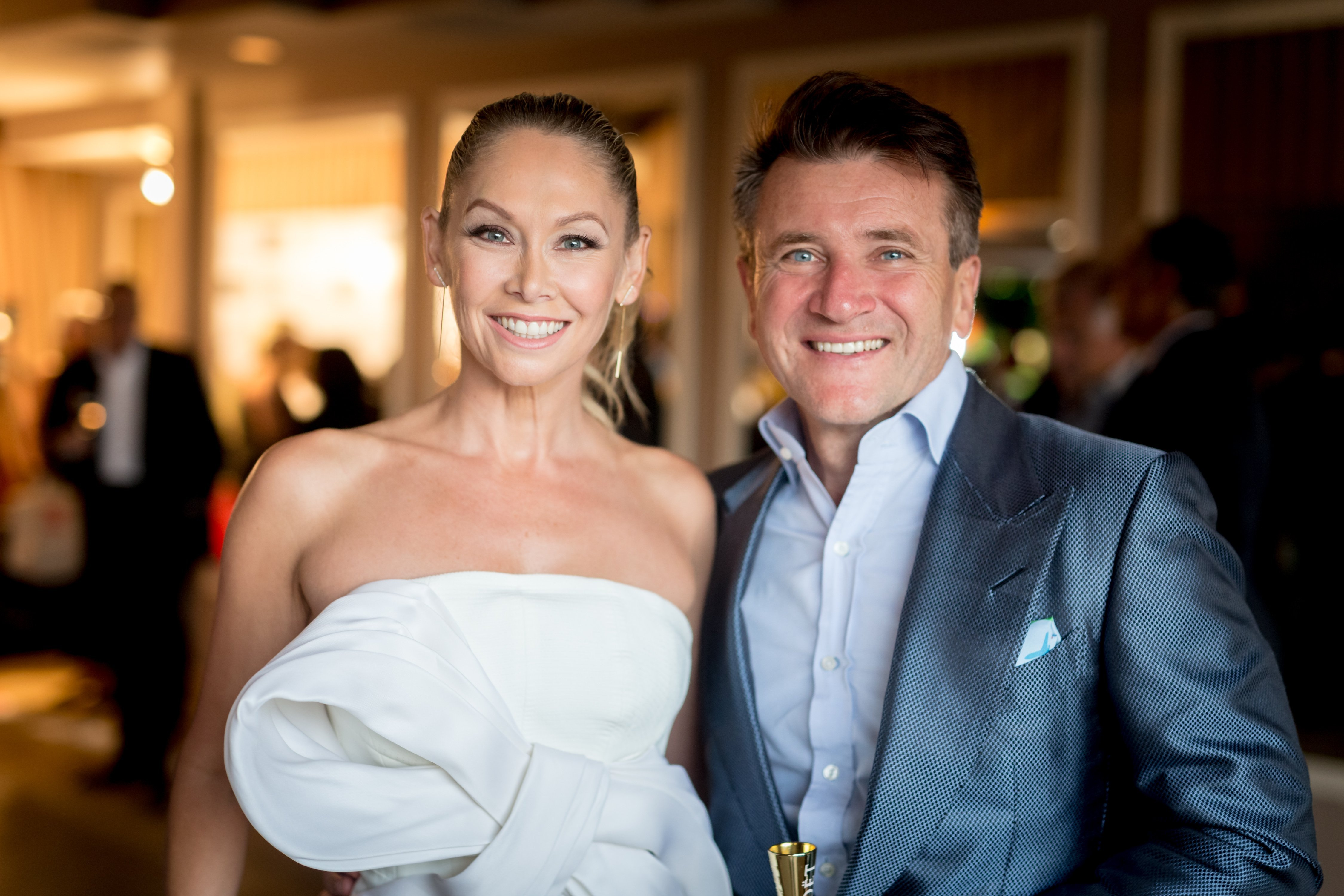 Kym Herjavec and Robert Herjavec attend the Television Industry Advocacy Awards in West Hollywood, California on September 16, 2016 | Photo: Getty Images
