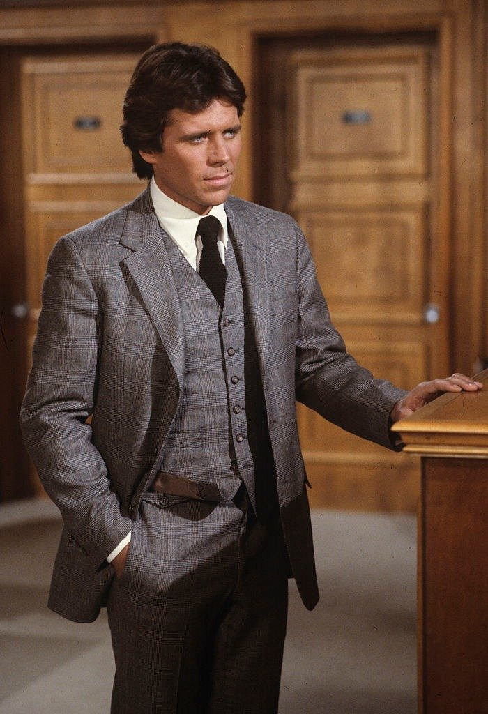 "Actor Grant Goodeve in an episode of TV show ""DYNASTY"" that aired on October 26, 1983 