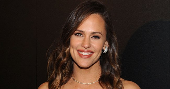 Jennifer Garner Shares Cute Childhood Photo from When Her Mom Used to Call Her a 'Ragamuffin'